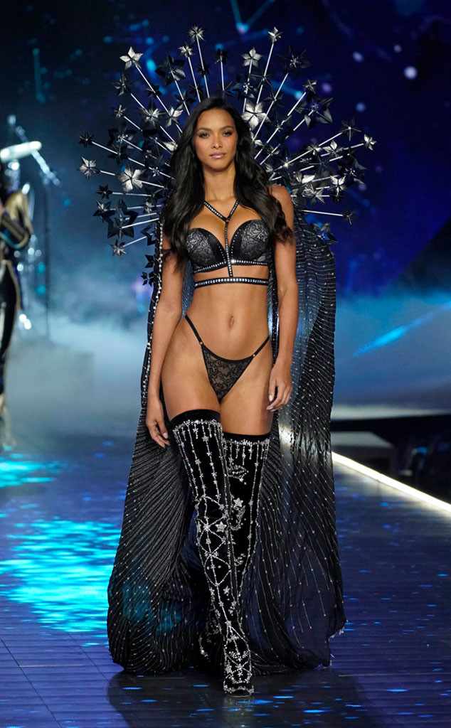Lais Ribeiro, 2018 Victoria's Secret Fashion Show, Runway